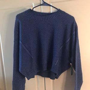 KNIT TOP NWT